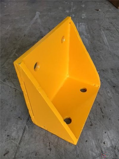 Angle Bracket 250MM Use Back Plates for Overdock Protection - 250mm x 250mm x 150mm