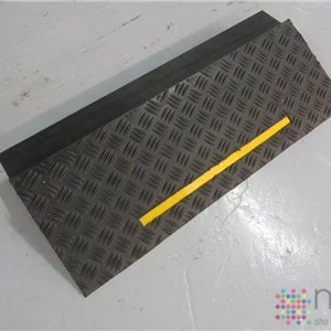 Replacement Wedge - 880 x 375 x 125mm